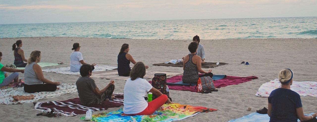coachreis de overgang vieren op Menorca, yinyoga Eilandcoaching